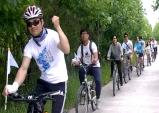 """""""분단의 철조망도 자전거 타고 쉽게 통과할 수 있기를!"""""""